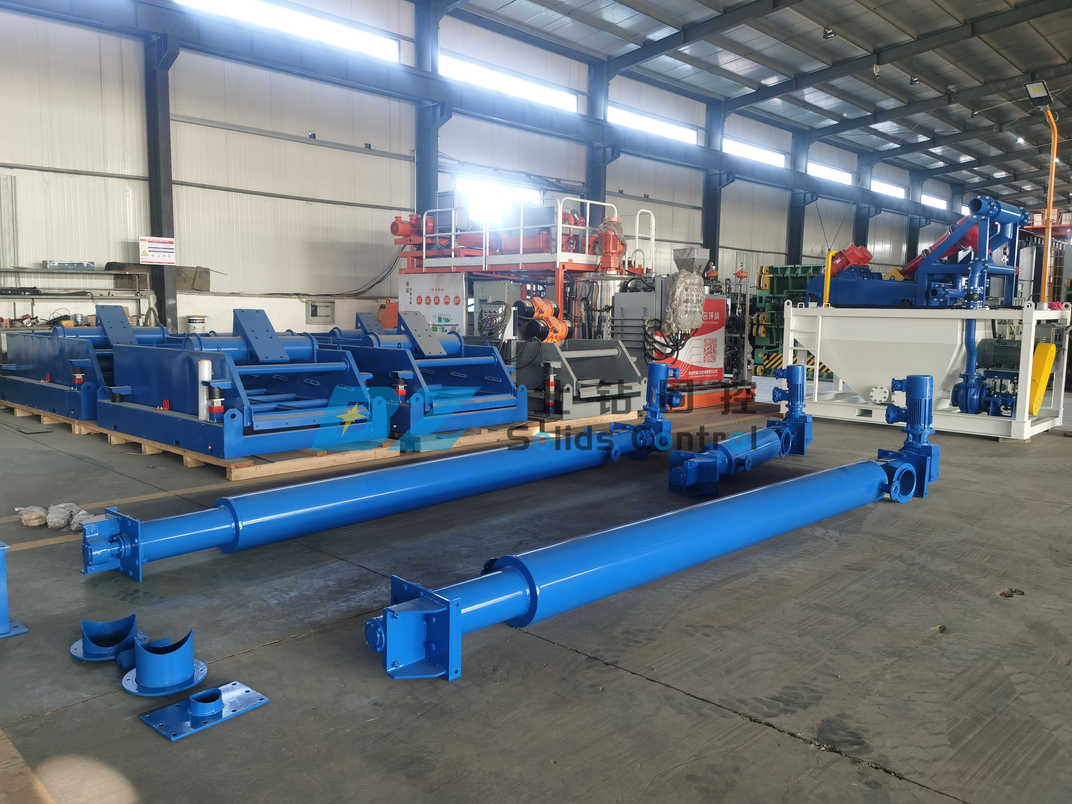 BZ screw conveyor were sent to oil sludge treatment site